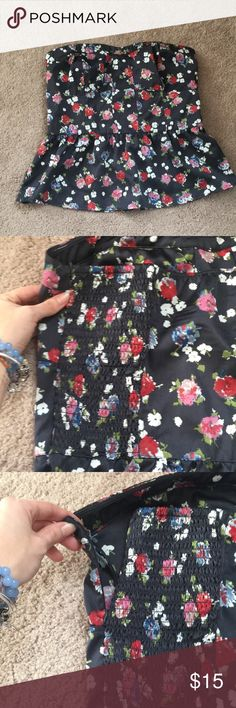 Silk Strapless Peplum American Eagle Shirt The zipper is in perfect condition and this has never been worn before. American Eagle Outfitters Tops Blouses