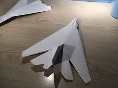 Paper Toys, Paper Crafts, Origami Airplane, Paper Aircraft, Origami Diagrams, Origami Art, Airplanes, Home Crafts, Air Force