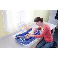 """The First Years Sure Comfort Deluxe Newborn-to-Toddler Tub with Sling - Learning Curve - Babies """"R"""" Us"""