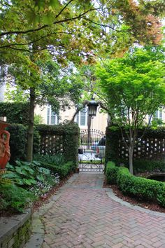 Go behind the garden gates in Savannah