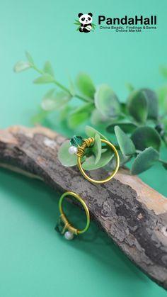 Tutorial on Wire Wrapped Ring – DIY Schmuck Ringe Handmade Jewelry Tutorials, Wire Jewelry Designs, Handmade Wire Jewelry, Diy Crafts Jewelry, Jewelry Making Tutorials, Handmade Rings, Earrings Handmade, How To Make Rings, Diy Rings Out Of Wire