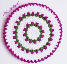 Resultado de imagen para hand embroidery motifs for bed linen # bed linen # hand embroidery motifs … – Embroidery Desing Ideas Crochet Designs, Crochet Patterns, Crochet Fruit, Teachers Pet, Hand Embroidery Designs, Embroidery Motifs, Filet Crochet, Crochet Fashion, Knitting Stitches