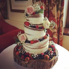 Here is Claire & Sam's half-naked wedding cake. - Healthy snacks recipes - Here is Claire & Sam's half-naked wedding cake. With fresh fruit a wedding decoration You are in t - Cream Wedding Cakes, Floral Wedding Cakes, Wedding Cake Rustic, Fall Wedding Cakes, Wedding Cake Designs, Wedding Cupcakes, Wedding Cake Toppers, Naked Wedding Cake With Fruit, Red Velvet Wedding Cake