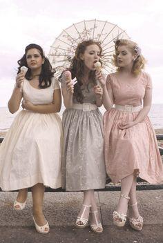 Bridesmaids pastel
