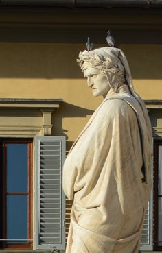 Statue of Dante - Piazza San Croce, Firenze (Italy) Roman Sculpture, Modern Sculpture, Sculpture Art, Dante Alighieri, Robert Doisneau, Rome Florence, Toscana Italia, Firenze Italy, Italian Artist