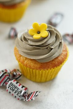 Cupcakes, Candy, Cookies, Baking, Desserts, Koti, Buns, Confetti, Mascarpone