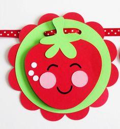 Bannière anniversaire aux fraises, décorations de fête