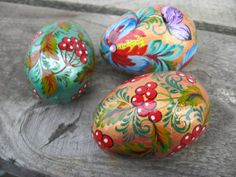 Set of 3 wooden eggs, Easter decorations for the table, hand painting Easter eggs, traditional Ukrainian folk art
