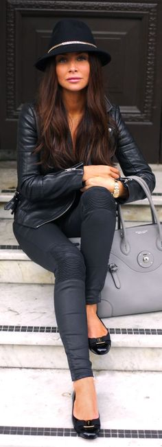 Chic In The City- Black Coated Quilted Knee Skinnies- ♔LadyLuxury♔