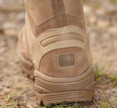 Taktické topánky v prevedení Coyote od výrobcu Pentagon. http://www.armyoriginal.sk/2715/137280/takticka-obuv-scorpion-coyote-pentagon.html