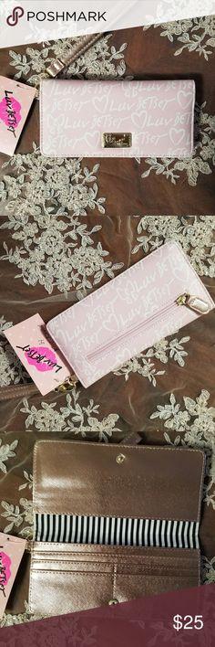Betsey Johnson  Wrislet Betsey Johnson Blush Lbhaley Wrislet Pink White ,Gold Betsey Johnson Bags Clutches & Wristlets