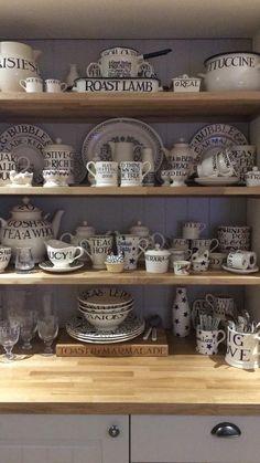 Bacon Wrapped Burger, Emma Bridgewater Pottery, Vintage Tea Parties, Welsh Dresser, Kitchen Dresser, Wine Cellars, Pip Studio, Grey Kitchens, Kitchen Units
