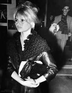 Brigitte Bardot at a movie theater, Brigitte Bardot, Bridget Bardot, Glamour, Norma Jeane, Fashion Week, Fashion Pictures, Most Beautiful Women, Actors & Actresses, Hollywood