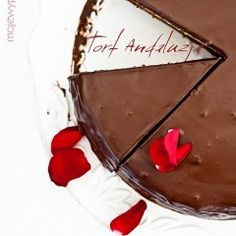 Andalusia Torte - for chocolate lovers (recipe in Polish with translator) Chocolate Lovers, Chocolate Cake, Food Photography Tips, Polish Recipes, Foods With Gluten, No Bake Treats, International Recipes, Food Styling, Sweet Tooth
