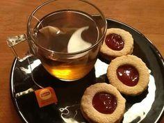 Biscuits sables et thé