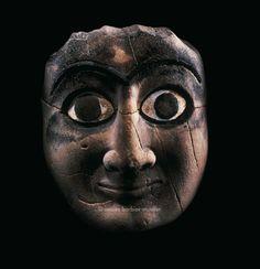 Tête d'homme ou masque, civilisation sumérienne, Syrie, aire d'influence de la cité de Mari (actuel Tell Hariri), dynastique archaïque, milieu du IIIe millénaire avant JC