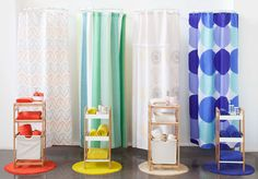 No sabes cómo combinar los accesorios en tu baño? Comienza escogiendo la cortina que combine con las toallas que ya tienes, y pon el toque final con una jabonera de diseño, se verá increíble. Primavera - Verano 2016