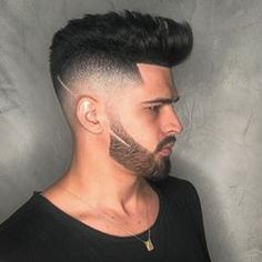 The top short hairstyles for men for the year 2018 are eye-catching and somewhat sophisticated. Today the short mens hairstyles have become particularly. Very Short Hair, Short Hair Cuts, Short Hair Styles, Kids Short Haircuts, Haircuts For Men, Straight Hairstyles, Cool Hairstyles, Hairstyles Pictures, Little Boy Hairstyles