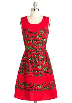 You've Got the Tulips Dress, #ModCloth, like the color blocking
