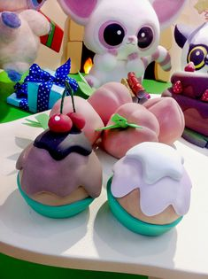 For Hamleys toy store window in London. I can't recall the brand I am afraid but the prop cakes I made for them were super cute! Brand Me, Toy Store, Stunts, Food Art, Window, Cakes, Creative, Desserts, Tailgate Desserts