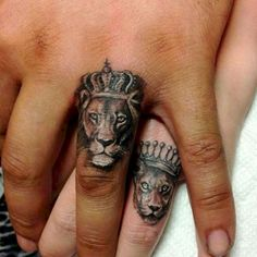 Lion Tattoo: Symbolism and attractive lion tattoo designs for both sexes. - sandy - Lion Tattoo: Symbolism and attractive lion tattoo designs for both sexes. Paar Tattoos, Neue Tattoos, Body Art Tattoos, Sleeve Tattoos, Tattoo Art, Tattoo Quotes, Female Tattoos, Tiny Tattoo, Trendy Tattoos