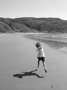 Autism photographic competition winner    A beautiful picture of a child running across the beach has won the top award in the 50th birthday photography competition of the National Autistic Society.    The picture was taken by Melanie Garside and shows her seven-year-old son Dewi who was diagnosed with autism at the age of three.