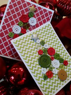 Handmade Button Christmas Tree Card Set Holiday Cards by Kardimom Button Christmas Cards, Christmas Buttons, Christmas Tree Cards, Holiday Cards, Button Art, Button Crafts, Crafts For Kids, Diy Crafts, Jingle Bells