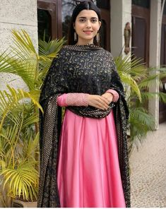 Best Trendy Outfits Part 31 Indian Dresses, Indian Outfits, New Style Suits, Casual Indian Fashion, Punjabi Suits Designer Boutique, Punjabi Models, Designer Anarkali Dresses, Salwar Suits Party Wear, Punjabi Dress