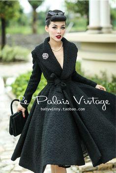 Le Palais Vintage Woolen Coat