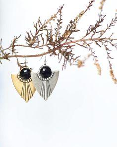 Milanka Design Art Deco earrings with glass cabochons. Art Deco Earrings, Tribal Earrings, Art Deco Jewelry, Chandelier Earrings, Vintage Shops, Vintage Items, Ivory Pearl, Handmade Shop, Art Market