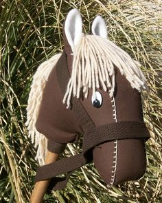 Hobby Horse - I would love to make one of these one day - he is so cute