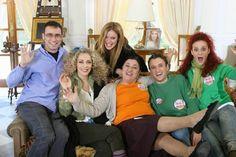 """Το reunion του """"Παρα Πέντε""""... 11 χρόνια μετά την προβολή του! (φώτο) Series Movies, Tv Series, Greek Tv Show, Mega Series, Google Images, Christmas Sweaters, Tv Shows, Couple Photos, Memes"""