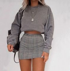 Cute Comfy Outfits, Girly Outfits, Retro Outfits, Stylish Outfits, Cute Outfits With Skirts, Plaid Skirt Outfits, School Skirt Outfits, Vintage Outfits, Summer Fashion Outfits