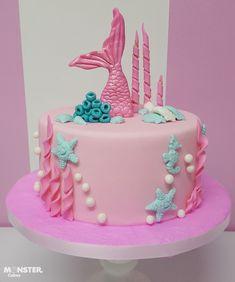 Dolphin Birthday Cakes, Mermaid Birthday Cakes, Cute Birthday Cakes, Beautiful Birthday Cakes, Mermaid Cakes, Sirenita Cake, Elsa Torte, Birthday Cake Decorating, Cute Desserts
