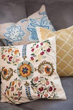 Mix of pillow patterns
