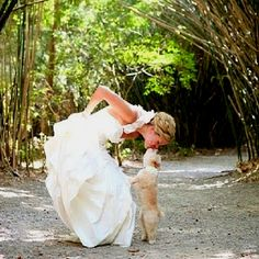 So unbelievably cute!! #dogs #weddings #cute