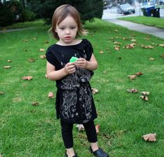 Make for Baby: 25 Free Dress Tutorials for Babies & Toddlers  http://prudentbaby.com/2011/03/baby-kid/two-minute-t-shirt-dress-2/