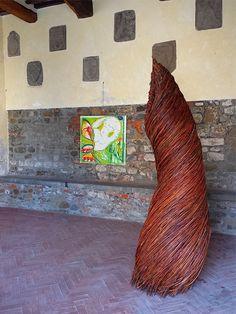 """Emy Petrini """"RIFUGI"""", struttura in salice intrecciato, diametro cm 45, altezza 295; 2016PER GIORGIO - arte a Massa e Cozzile #pergiorgio #arteamassaecozzile #massaecozzile #art #contemporaryart #contemporaryartist"""