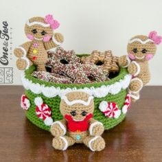Gingerbread Christmas Basket crochet pattern by One and two company