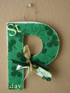 Overdramatic Party Girl:  Happy St. Patrick's Day! DIY