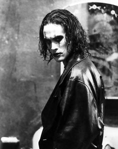 Eric Draven, Brandon Lee, the Crow/ Why do all of the hot onez go young?