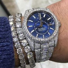 Brand names like Rolex and Cartier carry an air of authority that real… Jewelry Logo, Cute Jewelry, Jewelry Art, Bling Jewelry, Jewelry Accessories, Jewelry Necklaces, Jewellery, Mens Diamond Jewelry, Expensive Watches