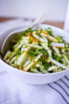 It's Kohlrabi season! Try this Kohlrabi Salad Recipe with Cilantro and Lime #kohlrabi #kohlrabislaw #kohlrabisalad
