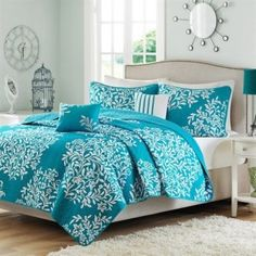 Sleep Store - Thousands of products all relating to sleep. Beds, mattresses, bedroom furniture, snoring products, comforters, sheets, pillows, books, and more.
