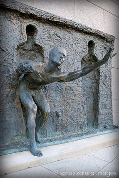 Freedom sculpture, Zenos Frudakis. Untitled | Flickr