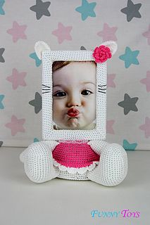 This is a crochet pattern (PDF file) NOT a finished Photo Frame you see on the photos! Crochet Motif, Crochet Toys, Diy Crochet Doll, Crochet Designs, Gato Crochet, Cosas A Crochet, Crochet For Kids, Crochet Yarn, Crochet Crafts