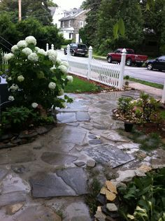 Walkway Beautiful Landscapes, Beautiful Gardens, Outdoor Spaces, Outdoor Ideas, Outdoor Living, Paver Path, Outside Room, Garden Steps, Up House