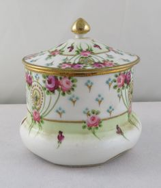 Vintage Yoshino Japanese Hand Painted Nippon Rose Trinket BOX