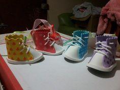 Zapatillas en goma eva, souvenirs para Baby Shower