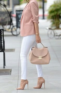 Obsessed this casual office work outfit for women for spring looks trendy and chic. the blush blazer paired with the white pants looks perfect. Mode Outfits, Fashion Outfits, Womens Fashion, Workwear Fashion, Fashion Fashion, Trendy Fashion, Fashion Shoes, Work Casual, Casual Chic